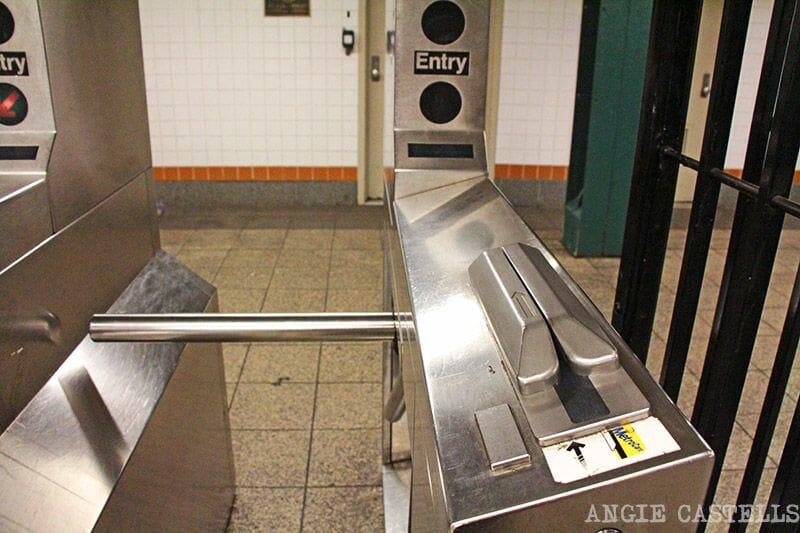 La tarjeta MetroCard de Nueva York - Los tornos