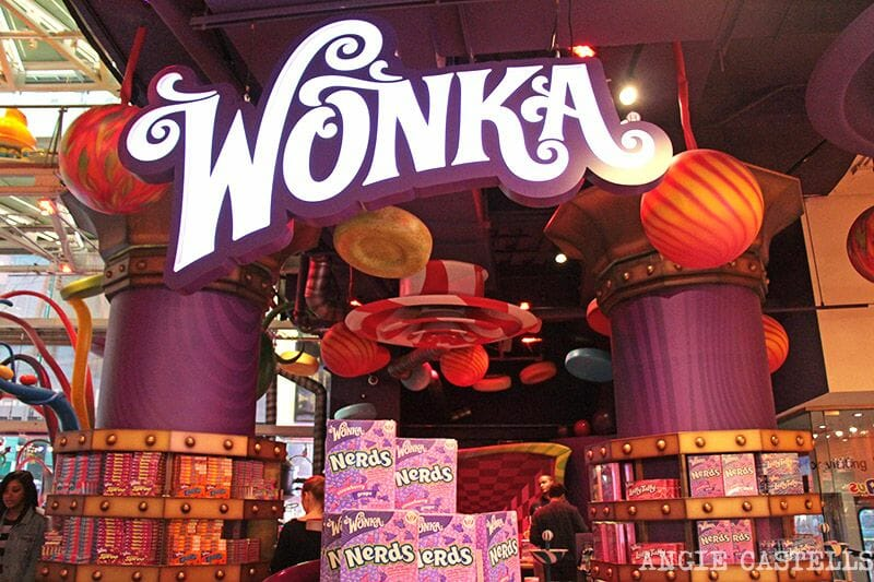 Toys R Us Times Square Willy Wonka