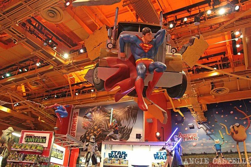 Toysrus Times Square Superman