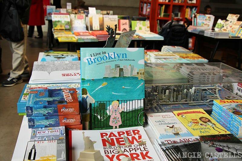 Librerias de NY PowerHouse Arena Dumbo