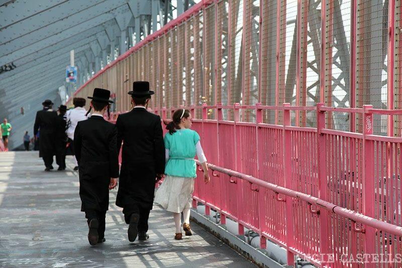 Puente de Williamsburg comunidad judia ultraortodoxa