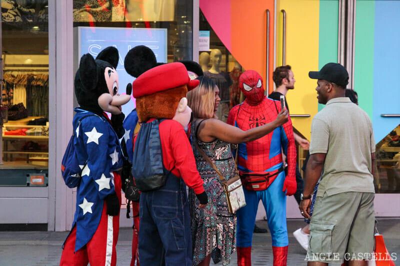 Timos en Nueva York - Personajes disfrazados en Times Square