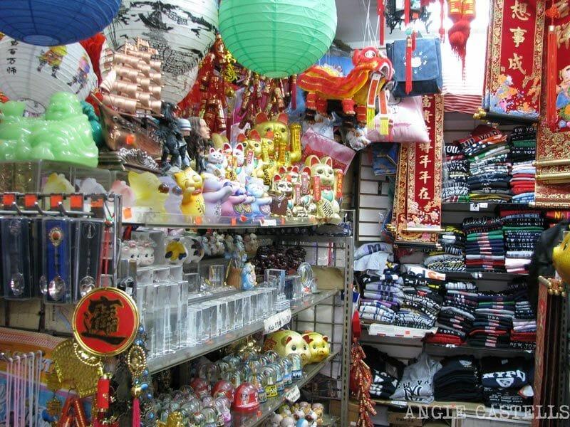Chinatown-Nueva-York-tiendas-de-souvenirs