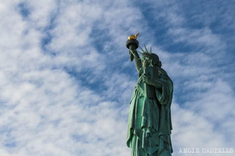 Visitar Estatua de la Libertad corona y pedestal Nueva York-4
