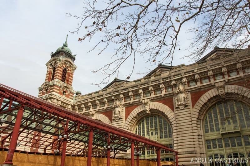 Visitar la Estatua de la Libertad y Ellis Island
