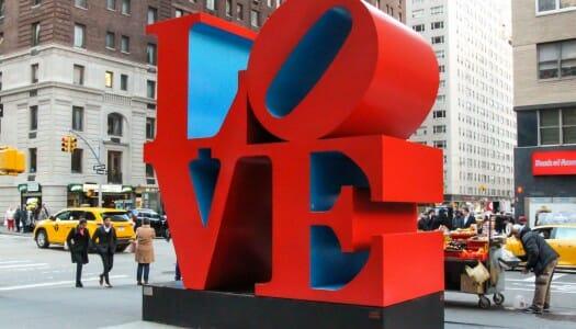 Las esculturas LOVE y HOPE de Nueva York