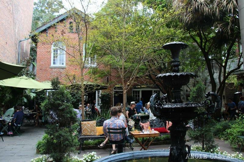Guia de Nueva Orleans French Quarter patios