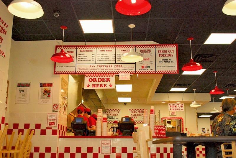 Las hamburguesas de Five Guys, una de las mejores hamburguesas de Nueva York