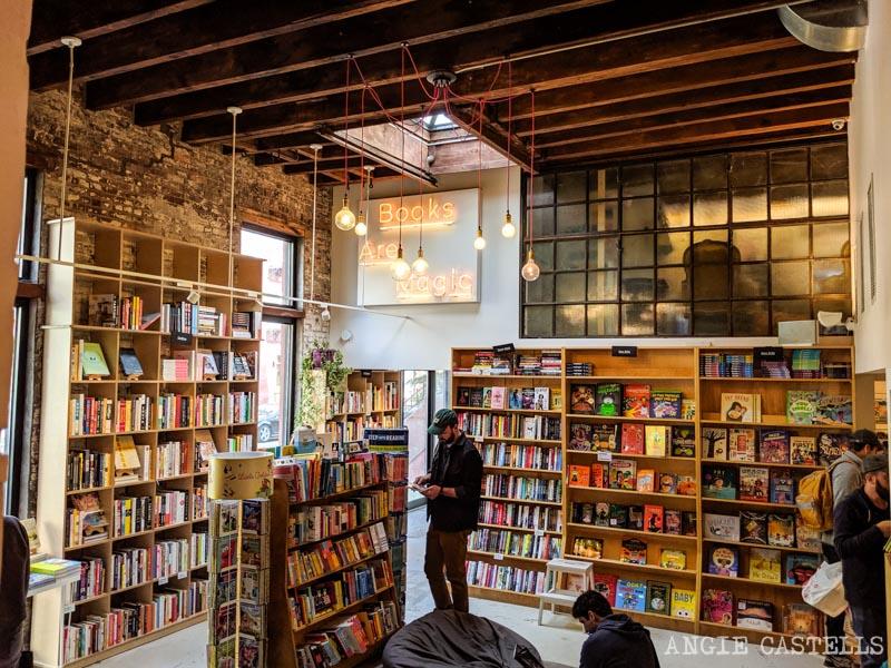 Books Are Magic, una de las librerías mas bonitas de Nueva York en Brooklyn