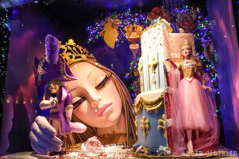 Las mejores decoraciones y escaparates navideños de Nueva York - Saks 5th Avenue