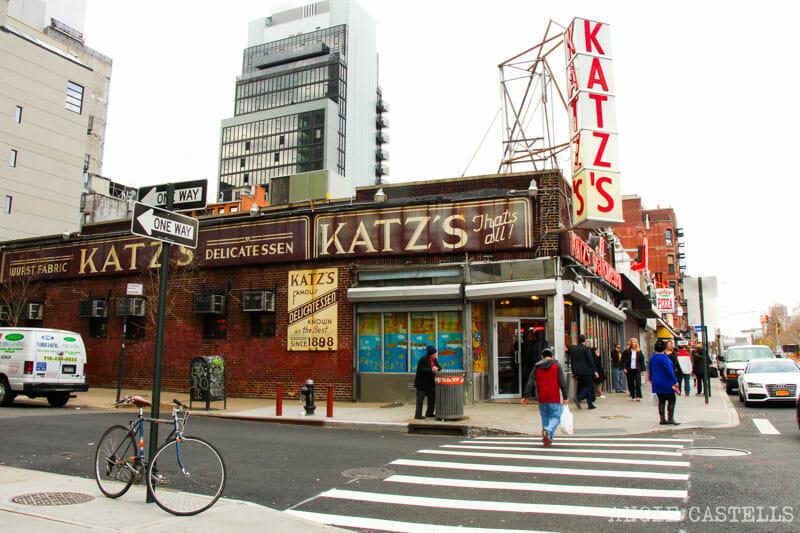 Escenarios de cine en Nueva York: Katz Deli en Cuando Harry Encontró a Sally