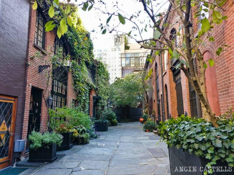 Las calles más bonitas de Nueva York - Sniffen Court, Murray Hill