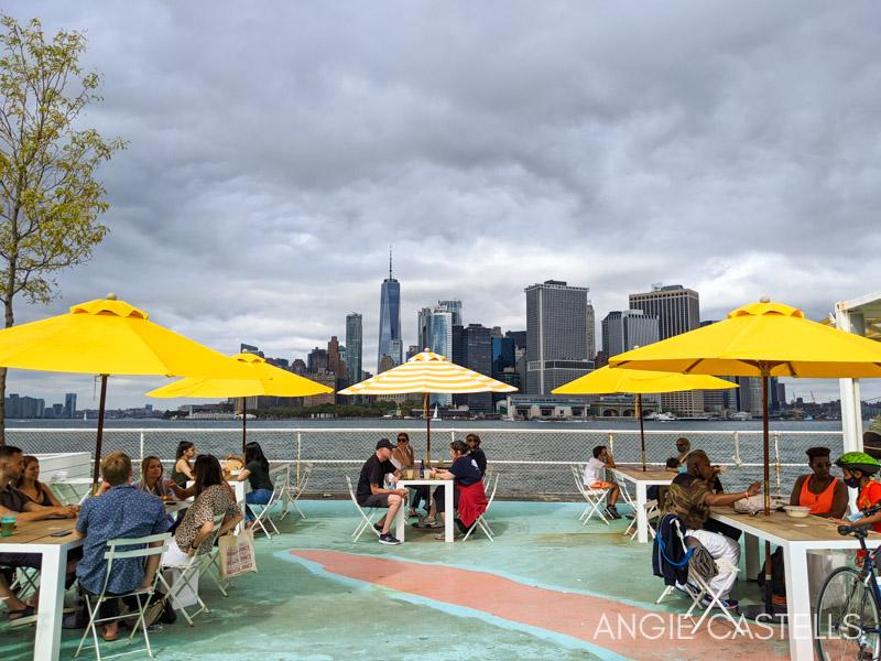 Vistas del skyline de Nueva York desde Governors Island