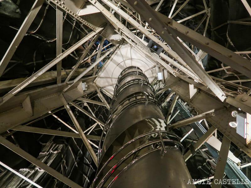 Escaleras para subir a la corona de la Estatua de la Libertad