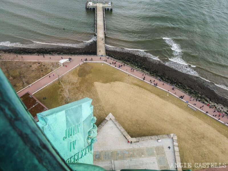 Vistas desde la corona de la Estatua de la Libertad