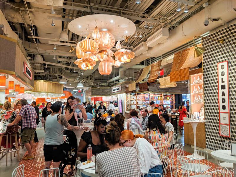 Comer en el Mercado Little Spain, en el barrio de Hudson Yards