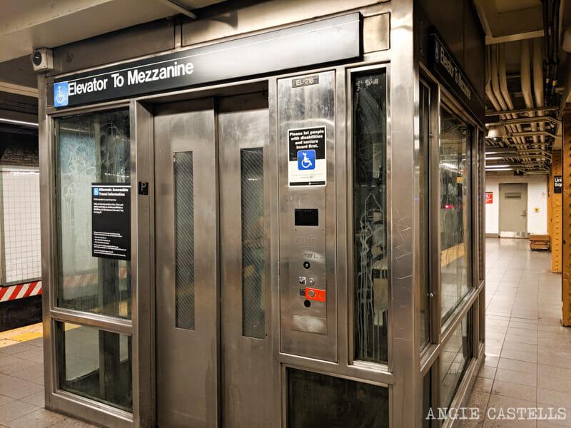 Accesibilidad y ascensores en el metro de Nueva York