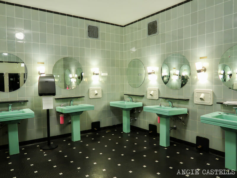 Los baños del Radio City Music Hall, en el Rockefeller Center