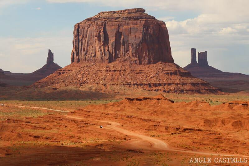 Conducir por Monument Valley y paradas del Valley Drive