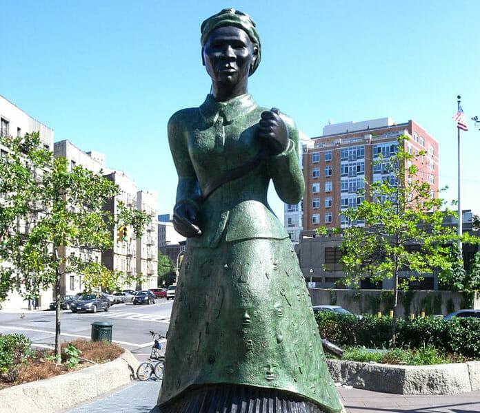 La estatua de Harriet Tubman en Nueva York y el Ferrocarril subterráneo