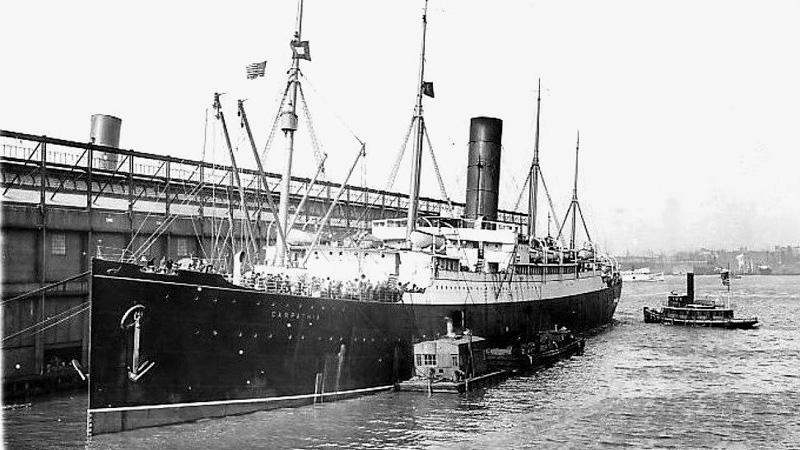 La llegada del Carpathia a Nueva York con los supervivientes del Titanic - Pier 54