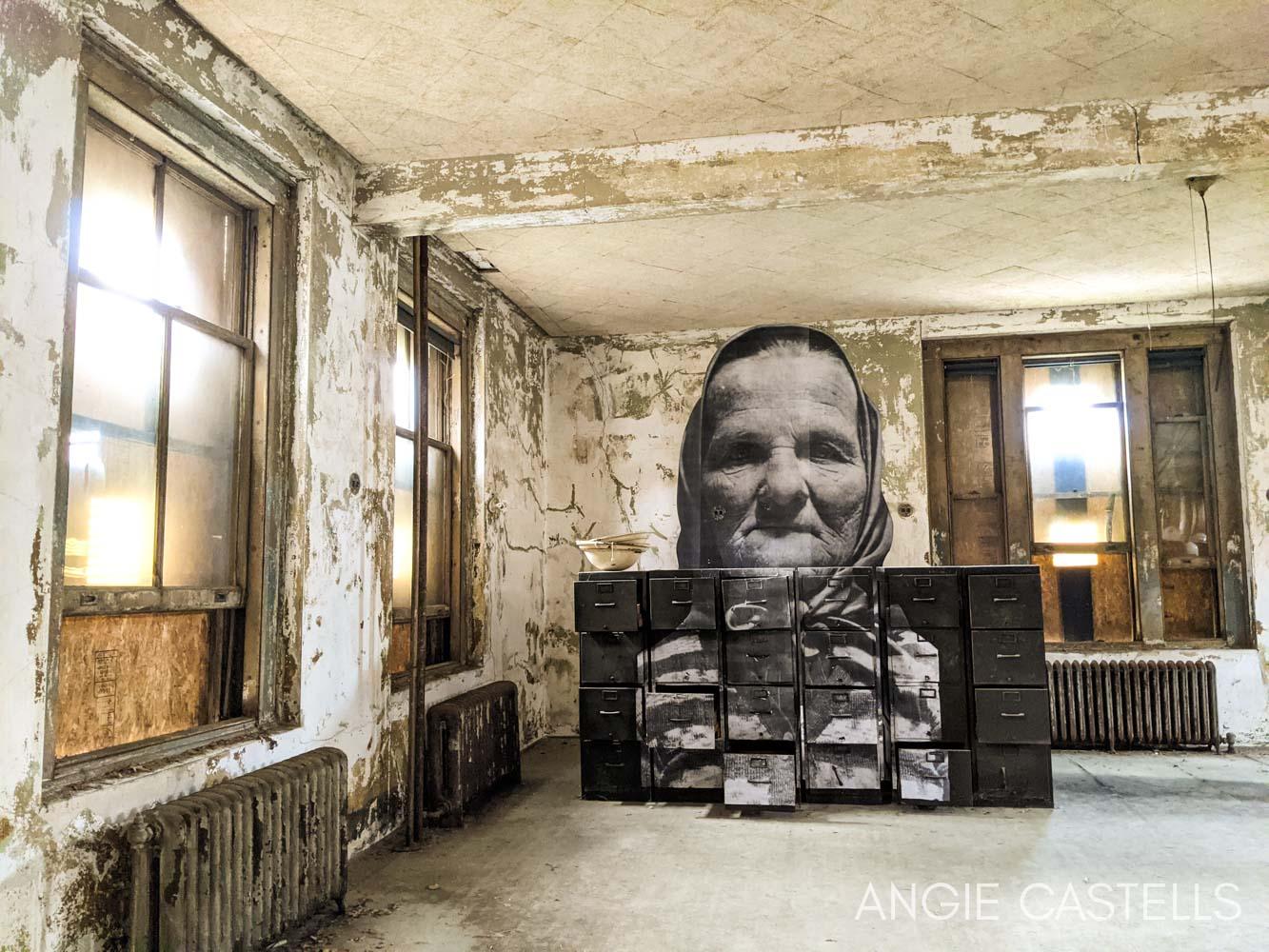 Visitar Ellis Island y tour por el hospital abandonado, en Nueva York