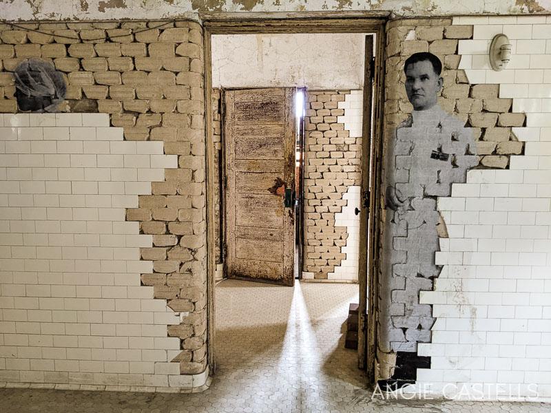 Visitar Ellis Island y su hospital abandonado en Nueva York