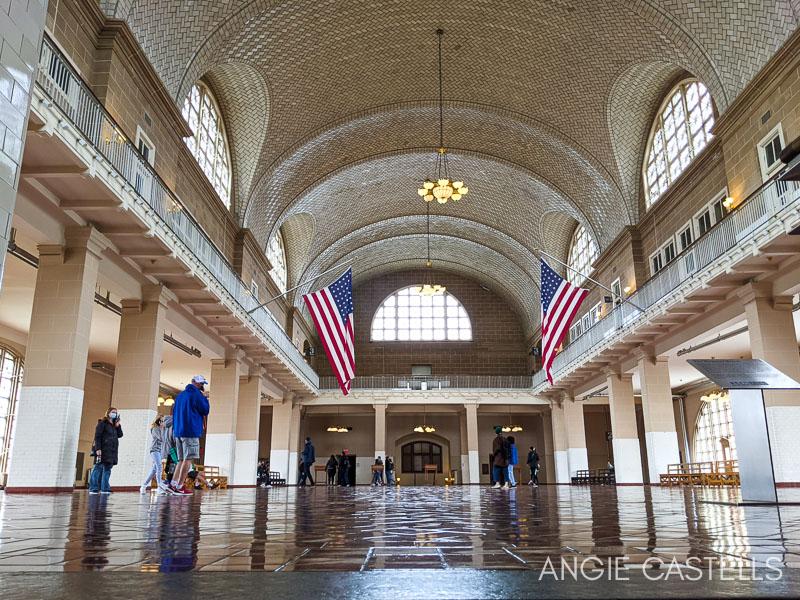Que ver en Ellis Island - La Registry Room del Museo de la Inmigracion