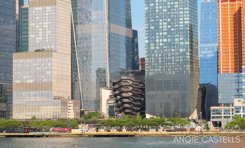 Cruceros por Nueva York de Hornblower - Tarjetas turisticas