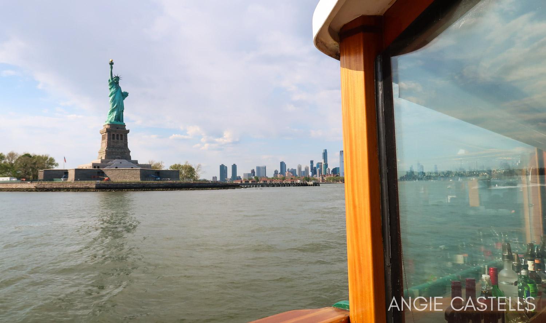 Paseo en barco por Nueva York para ver la Estatua de la Libertad