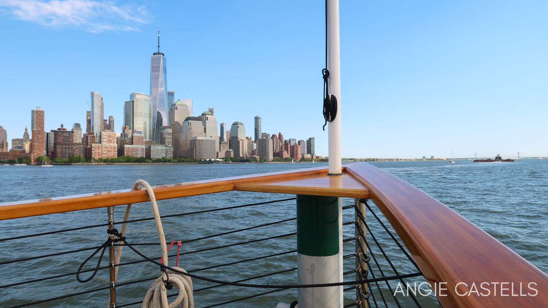 Paseo en barco por Nueva York de Classic Harbor Line - El One World